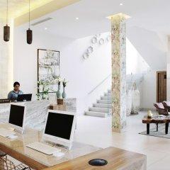 Áurea Hotel & Suites гостиничный бар
