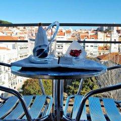 Отель Lisbon City Лиссабон бассейн
