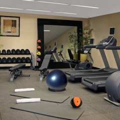 Отель Hilton Garden Inn Washington DC/Georgetown Area фитнесс-зал фото 2
