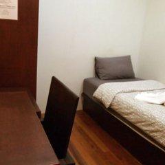 Отель Phuket Sunny Hostel Таиланд, Пхукет - отзывы, цены и фото номеров - забронировать отель Phuket Sunny Hostel онлайн комната для гостей фото 3
