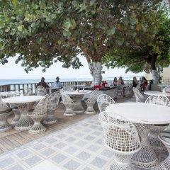 Отель Travellers Beach Resort с домашними животными