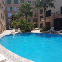 Отель Petra Palace Hotel Иордания, Вади-Муса - отзывы, цены и фото номеров - забронировать отель Petra Palace Hotel онлайн бассейн фото 2