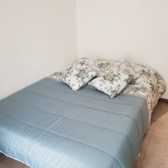 Отель Zuni Guest House комната для гостей