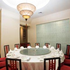 Отель Amari Watergate Bangkok Таиланд, Бангкок - 2 отзыва об отеле, цены и фото номеров - забронировать отель Amari Watergate Bangkok онлайн бассейн фото 3
