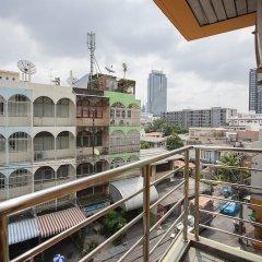 Отель The Aiyapura Bangkok балкон