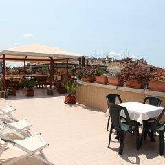 Отель Impero бассейн