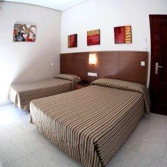 Гостевой Дом Atocha Almudena Martín комната для гостей