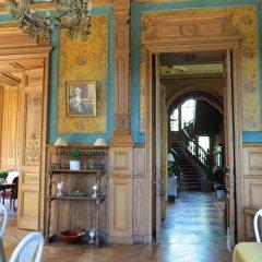 Отель Chateau De Verrieres Сомюр гостиничный бар