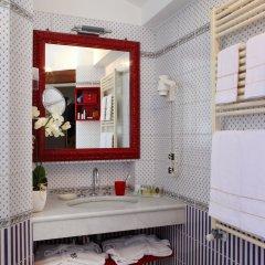 Отель Pensione Accademia - Villa Maravege Италия, Венеция - отзывы, цены и фото номеров - забронировать отель Pensione Accademia - Villa Maravege онлайн ванная