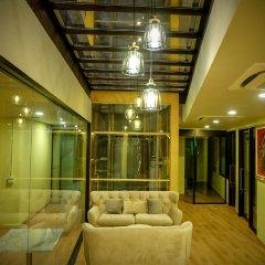 Отель The Warehouse Бангкок интерьер отеля фото 3