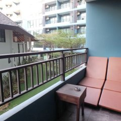 Отель Baan Bangsaray By Nana Банг-Саре балкон