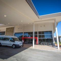 Отель Crowne Plaza Alice Springs Lasseters городской автобус