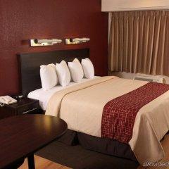 Отель Red Roof Inn & Suites Columbus - W. Broad комната для гостей