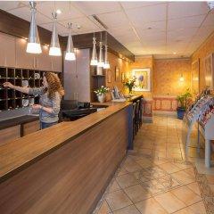 Отель City-Hotel Ansbach am Kurfürstendamm Германия, Берлин - 1 отзыв об отеле, цены и фото номеров - забронировать отель City-Hotel Ansbach am Kurfürstendamm онлайн интерьер отеля
