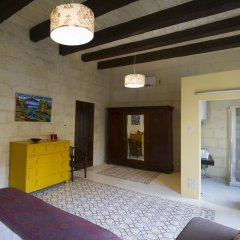 Отель The Stone House Мальта, Сан Джулианс - отзывы, цены и фото номеров - забронировать отель The Stone House онлайн удобства в номере фото 2
