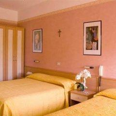 Hotel Nella Римини комната для гостей фото 3