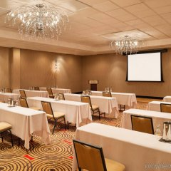 Отель Sheraton Bloomington Блумингтон помещение для мероприятий