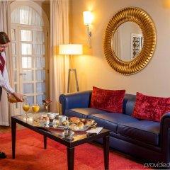Отель The Inn at the Spanish Steps - Small Luxury Hotels Италия, Рим - отзывы, цены и фото номеров - забронировать отель The Inn at the Spanish Steps - Small Luxury Hotels онлайн комната для гостей фото 2