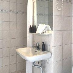 Отель Kong Arthur Дания, Копенгаген - 1 отзыв об отеле, цены и фото номеров - забронировать отель Kong Arthur онлайн ванная фото 2