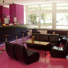 Отель Jugendherberge-Berlin-International гостиничный бар