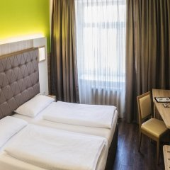 Отель Goldeness Theaterhotel Зальцбург комната для гостей фото 2