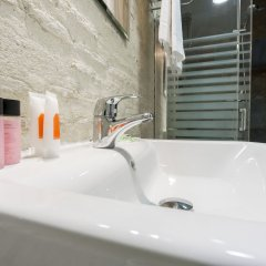 Отель Altar By Hoom Испания, Валенсия - отзывы, цены и фото номеров - забронировать отель Altar By Hoom онлайн ванная