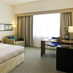 Отель Novotel Dubai Deira City Centre удобства в номере фото 2