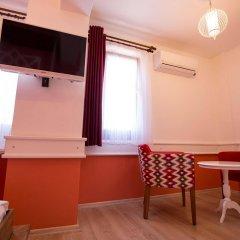 Menendi Otel Турция, Фоча - отзывы, цены и фото номеров - забронировать отель Menendi Otel онлайн удобства в номере фото 2