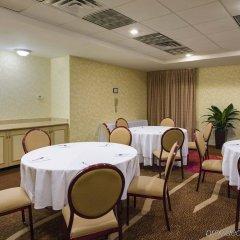 Отель Hilton Garden Inn Queens/JFK Airport США, Нью-Йорк - 1 отзыв об отеле, цены и фото номеров - забронировать отель Hilton Garden Inn Queens/JFK Airport онлайн помещение для мероприятий фото 2