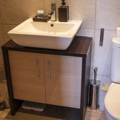 Отель HOMEnFUN Plaza España Apartment Испания, Барселона - отзывы, цены и фото номеров - забронировать отель HOMEnFUN Plaza España Apartment онлайн ванная фото 2