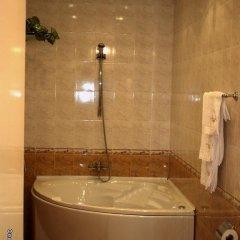 Отель TEDI Болгария, Асеновград - отзывы, цены и фото номеров - забронировать отель TEDI онлайн ванная