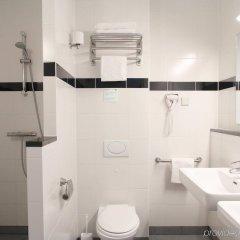 Отель Bastion Hotel Haarlem / Velsen Нидерланды, Сантпорт-Норд - отзывы, цены и фото номеров - забронировать отель Bastion Hotel Haarlem / Velsen онлайн ванная