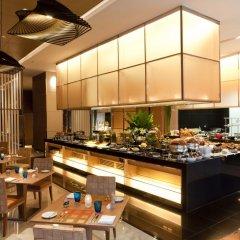 Отель Eastin Grand Hotel Sathorn Таиланд, Бангкок - 10 отзывов об отеле, цены и фото номеров - забронировать отель Eastin Grand Hotel Sathorn онлайн питание фото 3