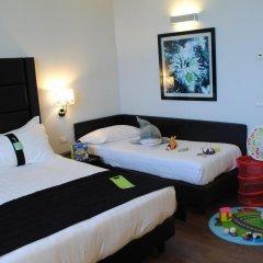 Отель Holiday Inn Genoa City Генуя детские мероприятия