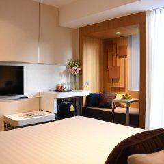 Отель Two Three Mansion Бангкок комната для гостей фото 3