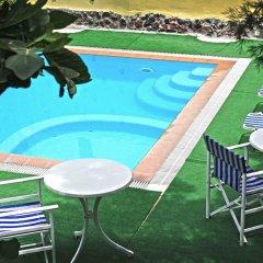 Отель Merovigla Studios Греция, Остров Санторини - отзывы, цены и фото номеров - забронировать отель Merovigla Studios онлайн бассейн фото 2