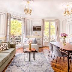 Отель Sunshine 2 bedroom - Luxury at Louvre Париж фото 15
