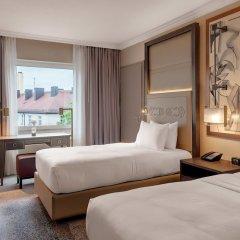 Отель Hilton Munich City Германия, Мюнхен - 9 отзывов об отеле, цены и фото номеров - забронировать отель Hilton Munich City онлайн комната для гостей фото 6