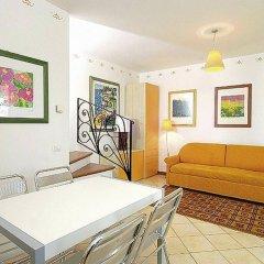 Отель Residence I Giardini Del Conero Италия, Порто Реканати - отзывы, цены и фото номеров - забронировать отель Residence I Giardini Del Conero онлайн комната для гостей фото 2