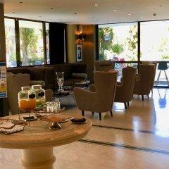 Athenian Riviera Hotel & Suites интерьер отеля