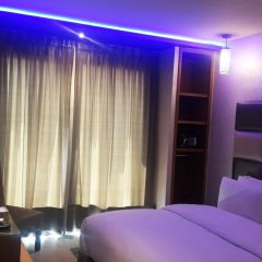 The Seven Hotel and Spa сейф в номере