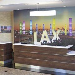 Отель Embassy Suites Los Angeles - International Airport/North США, Лос-Анджелес - отзывы, цены и фото номеров - забронировать отель Embassy Suites Los Angeles - International Airport/North онлайн фитнесс-зал фото 3