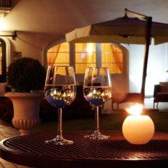 Отель Cà Rocca Relais Италия, Монселиче - отзывы, цены и фото номеров - забронировать отель Cà Rocca Relais онлайн гостиничный бар