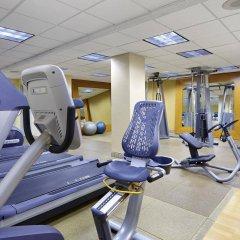 Отель Hilton Newark Airport США, Элизабет - отзывы, цены и фото номеров - забронировать отель Hilton Newark Airport онлайн фитнесс-зал