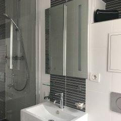 Отель Hôtel & Résidence de la Mare Франция, Париж - отзывы, цены и фото номеров - забронировать отель Hôtel & Résidence de la Mare онлайн ванная фото 2