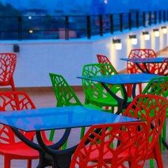 Golden Pier City Hotel гостиничный бар