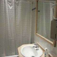 Отель Far Home Gran Vía ванная фото 2
