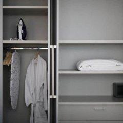 Апартаменты LeGeo-Luxurious Athenian Apartment сейф в номере