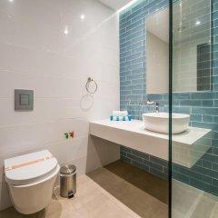 Отель Protaras Plaza Кипр, Протарас - отзывы, цены и фото номеров - забронировать отель Protaras Plaza онлайн ванная