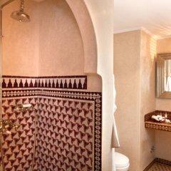 Отель Albarnous Maison d'Hôtes Марокко, Танжер - отзывы, цены и фото номеров - забронировать отель Albarnous Maison d'Hôtes онлайн ванная фото 2